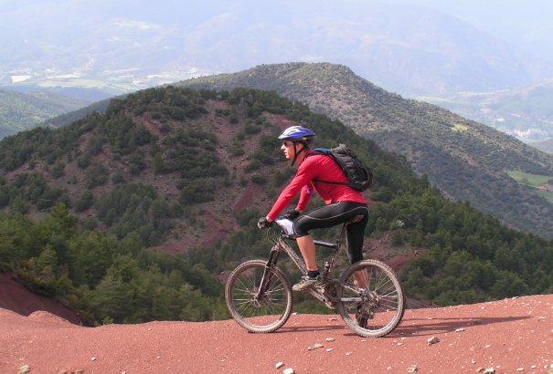 LaRébenne - VTT - La Grande Traversée des Pyrénées versant Sud (Catalogne)
