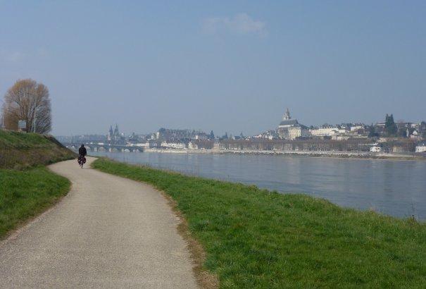 LaRébenne - VTC - la Loire à vélo - Blois